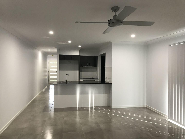 2 Honeywood Drive, Fernvale QLD 4306, Image 2