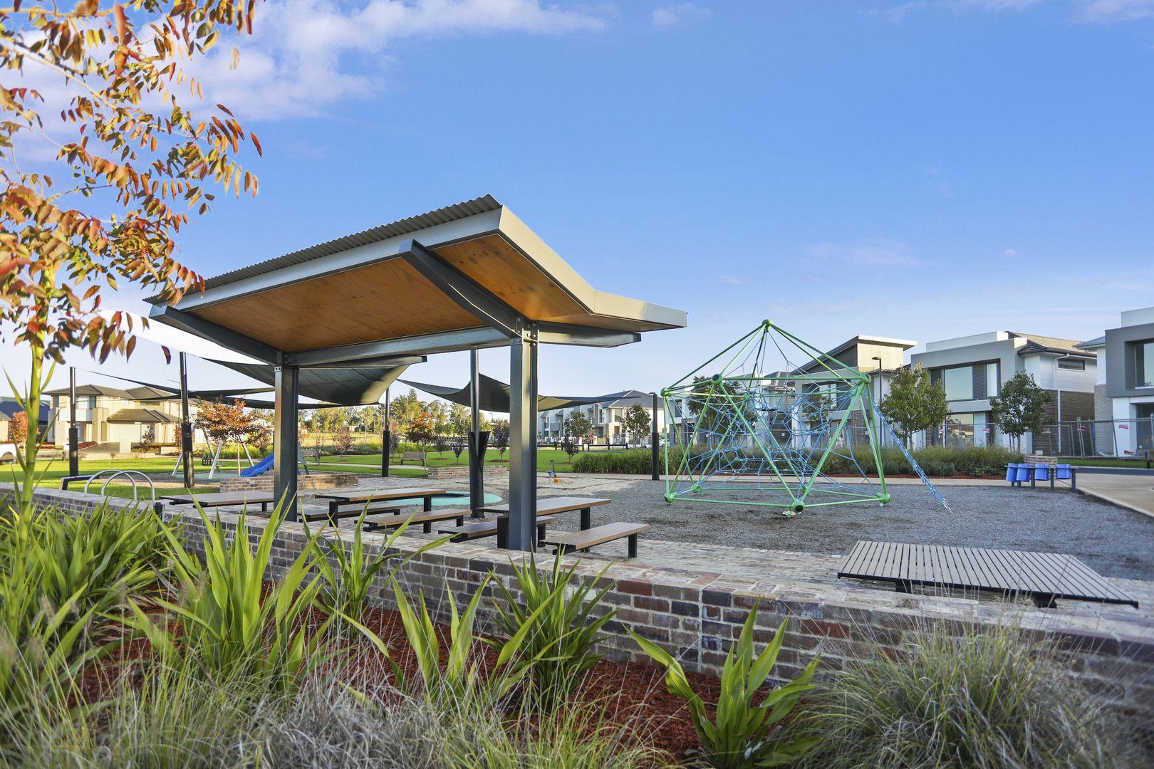 18 Klippel  Street, Oran Park NSW 2570, Image 2