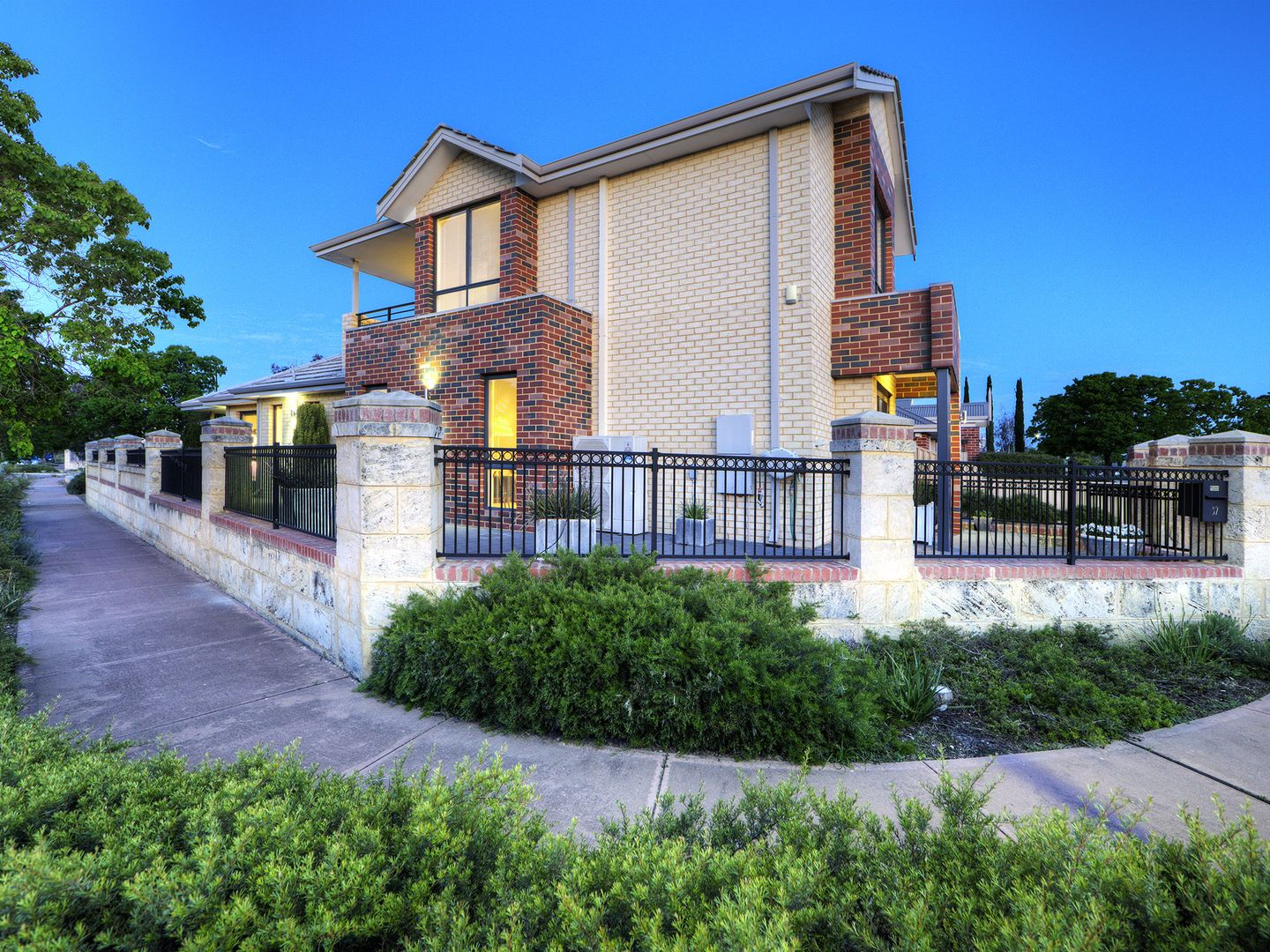 32 Laverstock Street, South Guildford WA 6055, Image 1