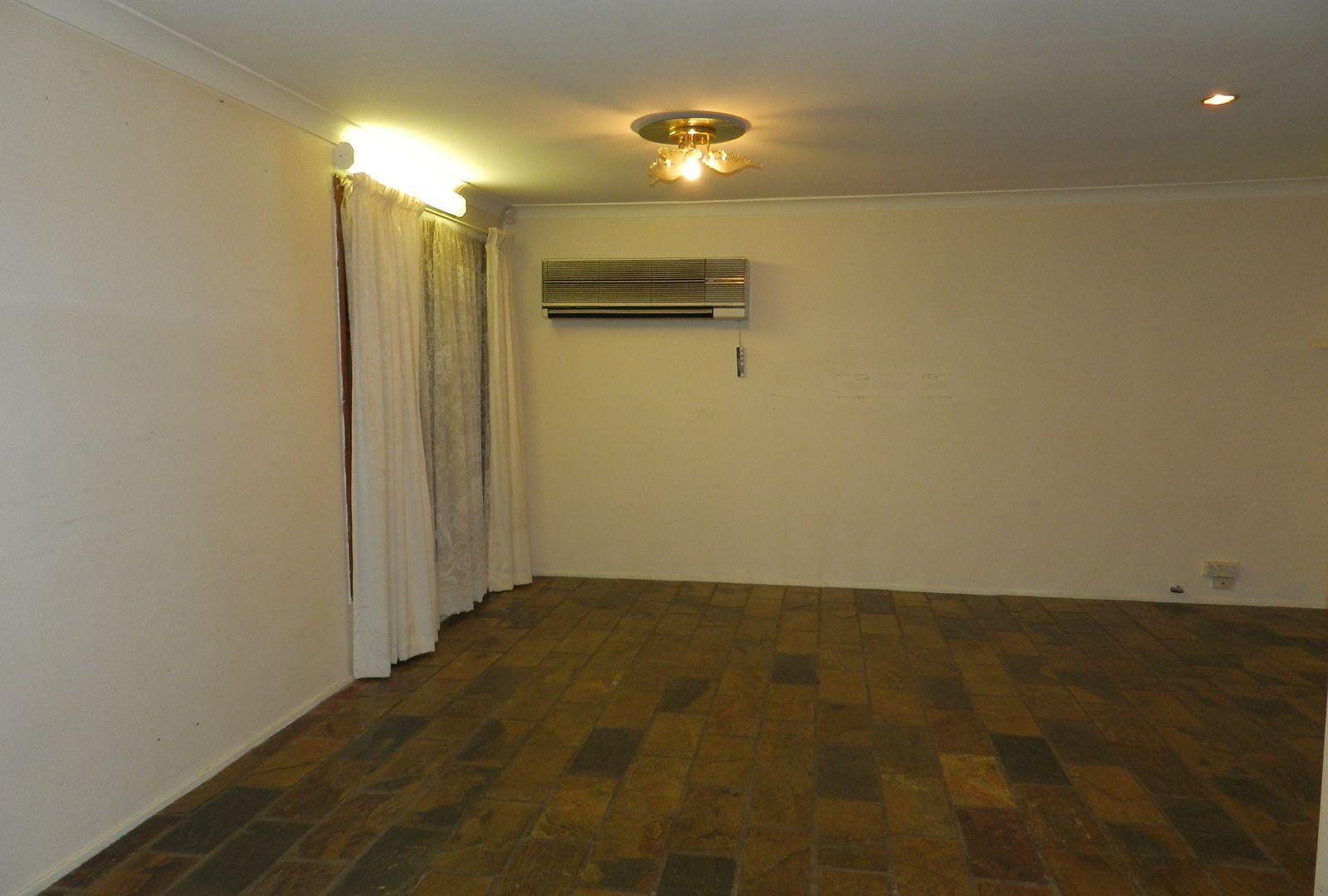 23 Corinda St, St Johns Park NSW 2176, Image 1