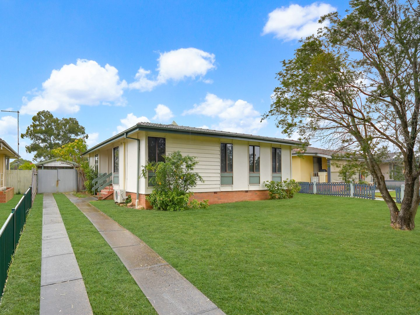 8 Waterhouse Place, Airds NSW 2560, Image 0