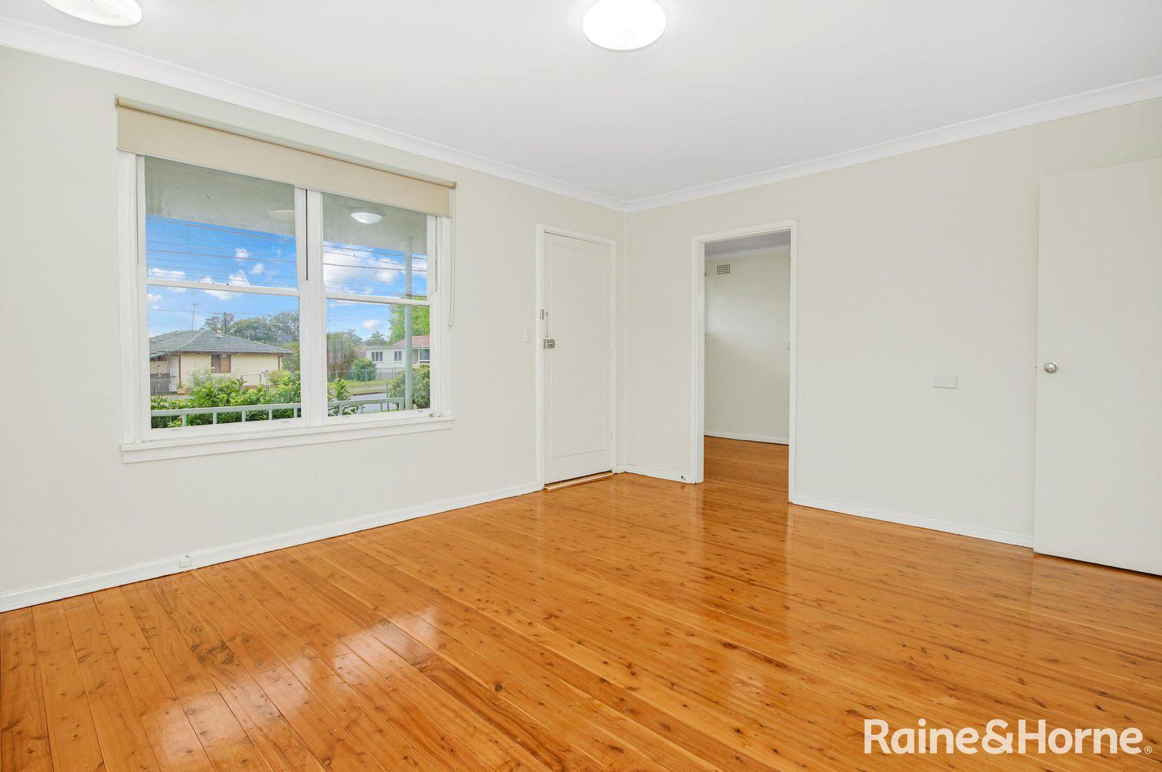 52 Gasmata Crescent, Whalan NSW 2770, Image 2