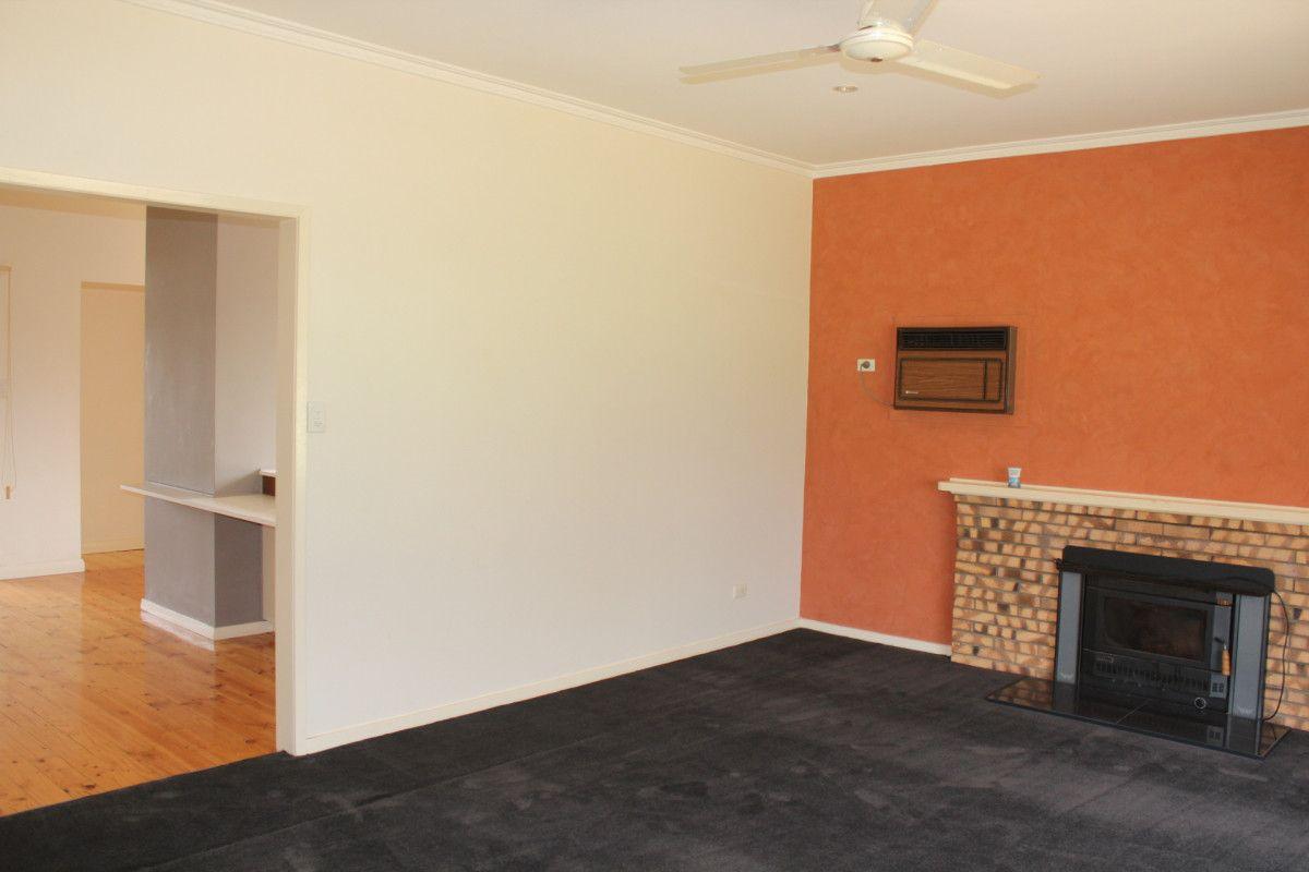 4 Barham Road, Wakool NSW 2710, Image 2