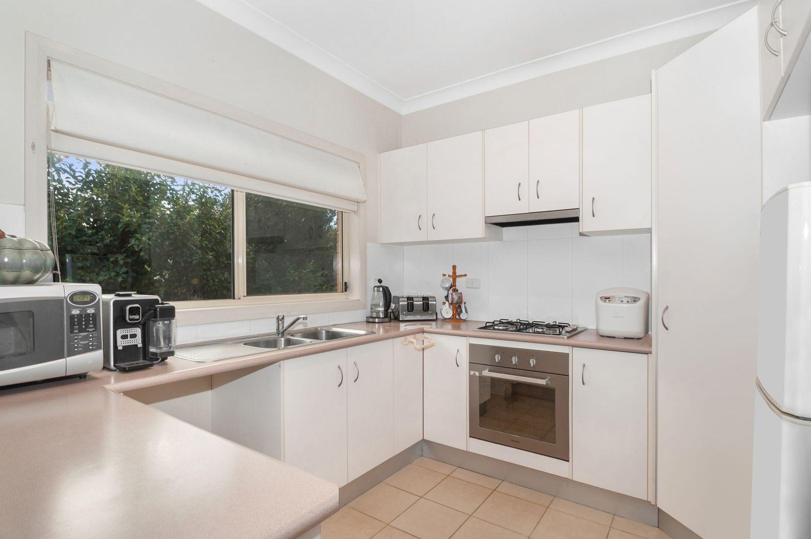 12/4 Forest Grove Drive, Kanahooka NSW 2530, Image 1