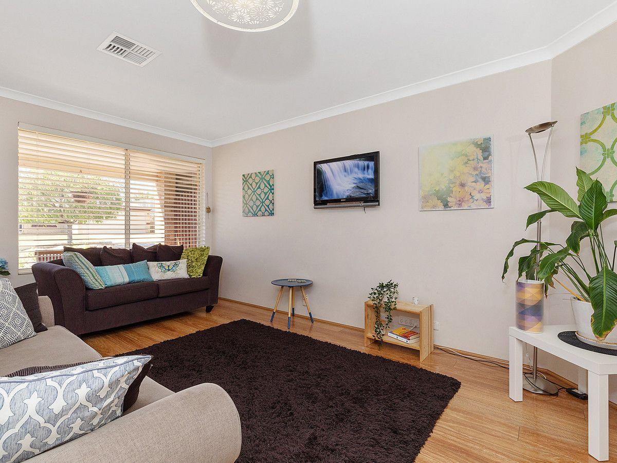 14 Lissadell Terrace, Ellenbrook WA 6069, Image 2