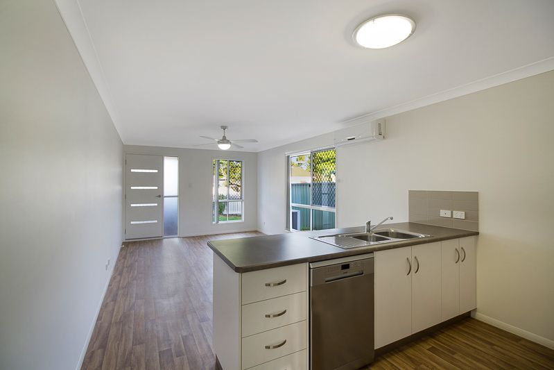 2/2 Albert Street, Newtown QLD 4350, Image 2