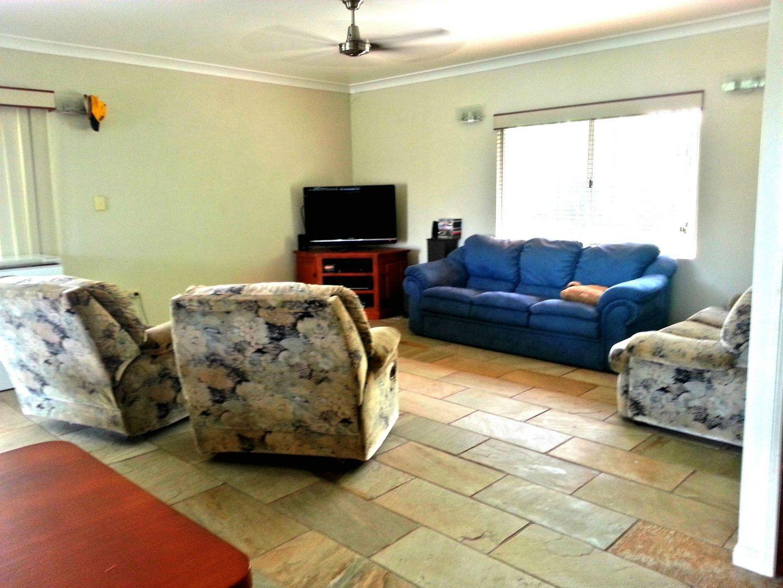 43 Taylor Street, Kurrimine Beach QLD 4871, Image 2