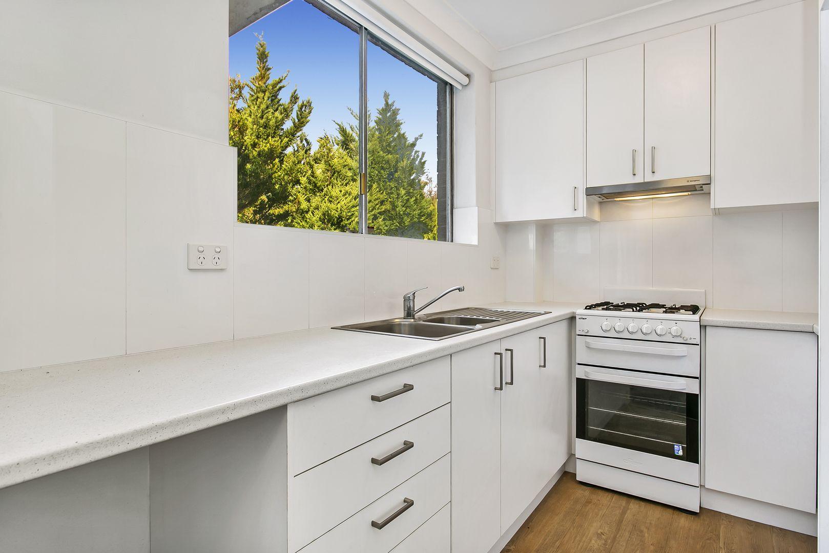 3/16 Wyadra  Avenue, Freshwater NSW 2096, Image 0
