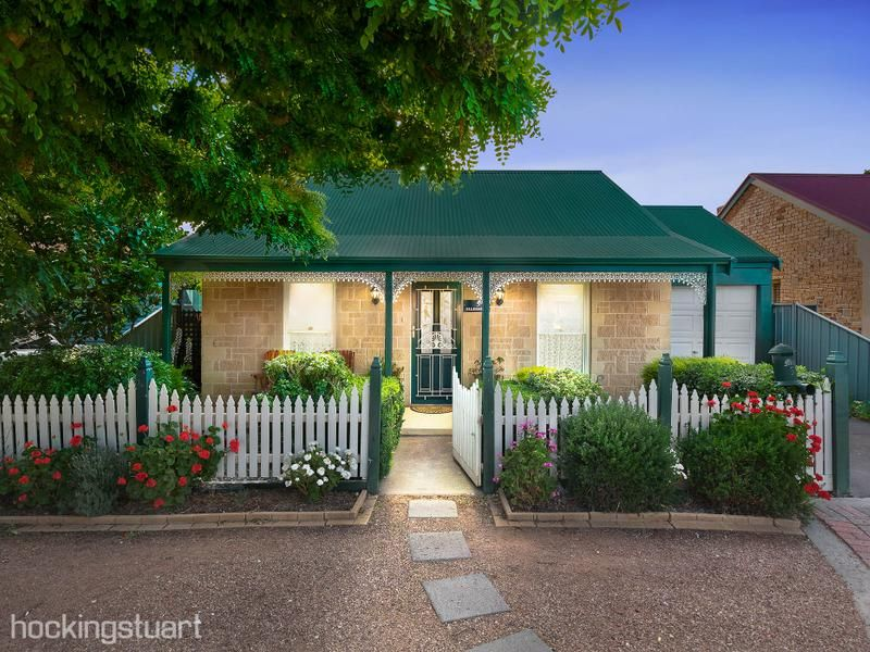 5 Chatswood Place, Wyndham Vale VIC 3024, Image 0