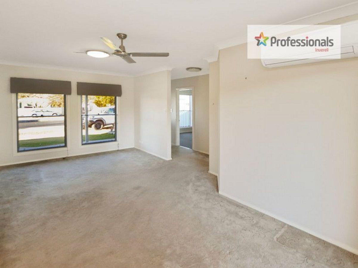 B/101 Arthur Street, Inverell NSW 2360, Image 2