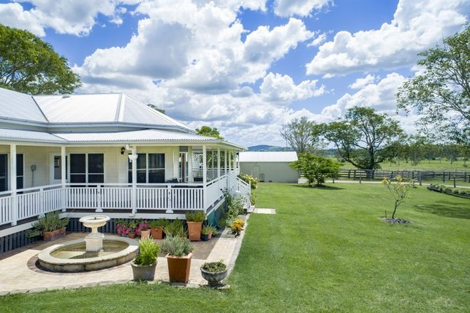 Picture of 77 Mockers Road, FAIRNEY VIEW QLD 4306