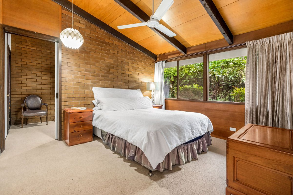 10 Quinty St, Fig Tree Pocket QLD 4069, Image 0