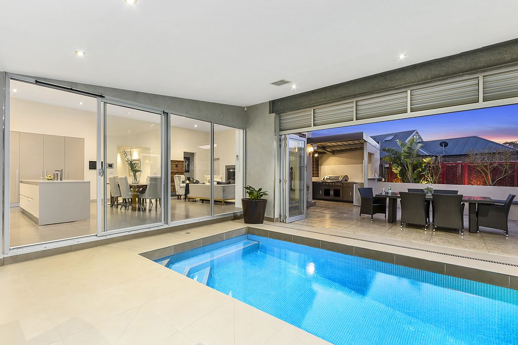 31 Orchid Avenue, Reservoir VIC 3073, Image 0