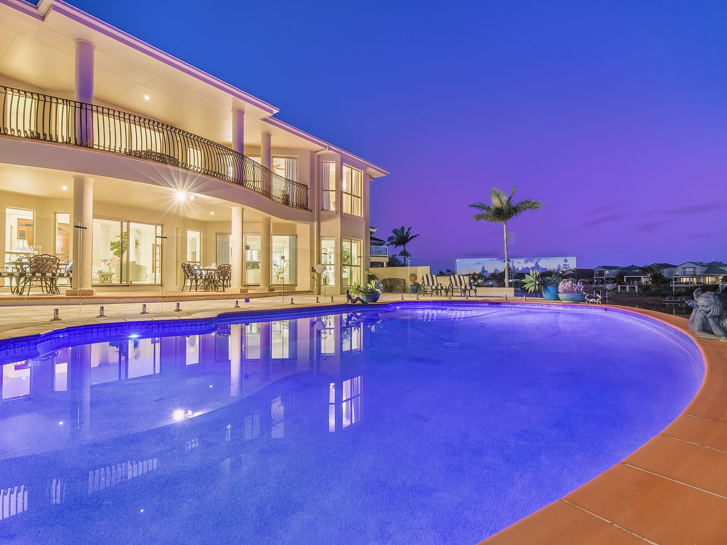 24 Staysail Crescent, Clear Island Waters QLD 4226, Image 0