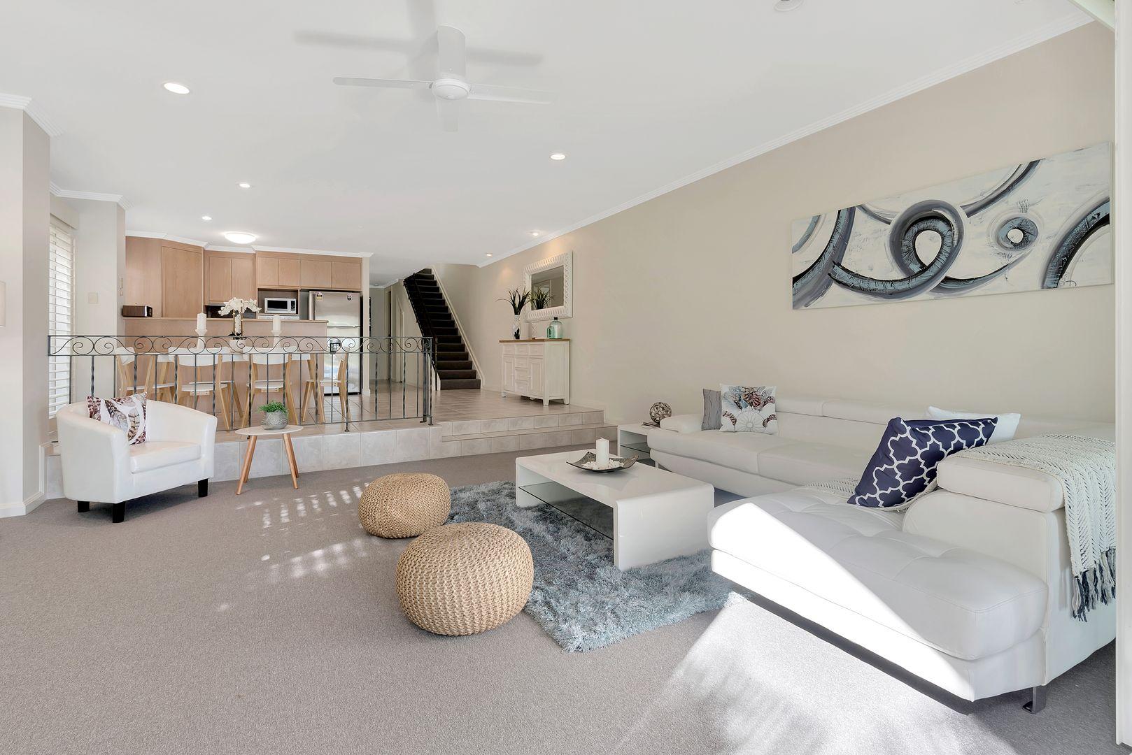 2/151 Stanhill Drive, Chevron Island QLD 4217, Image 2