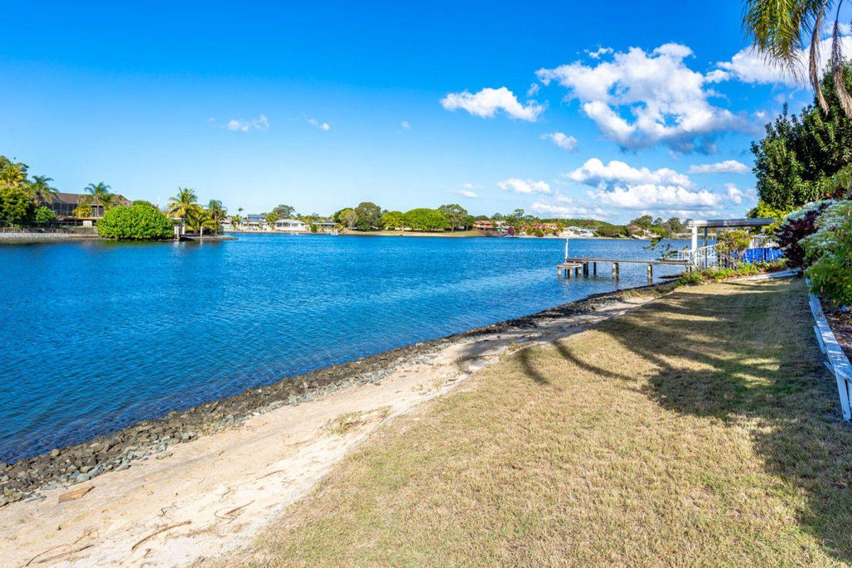 34 Pilot Court, Mermaid Waters QLD 4218, Image 1