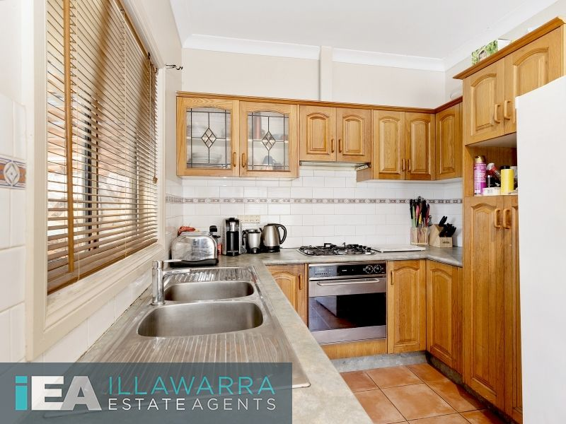19 & 19A Bluebell Road, Barrack Heights NSW 2528, Image 2