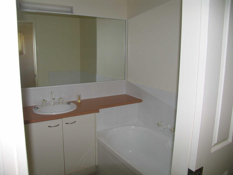 24/90 Caloundra Road, Little Mountain QLD 4551, Image 1