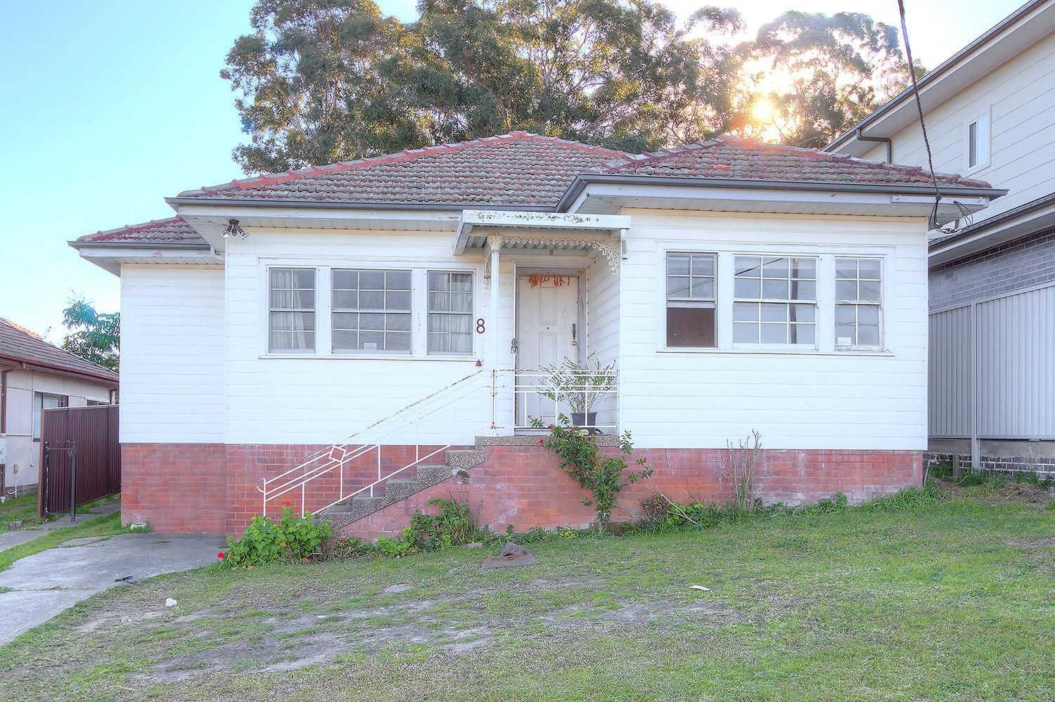 8 Levy Street, Pendle Hill NSW 2145, Image 0