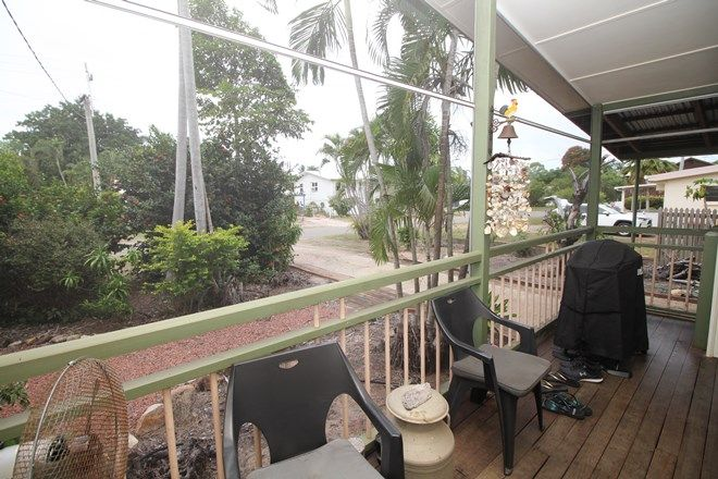 Picture of 31 Coral Street, SAUNDERS BEACH QLD 4818