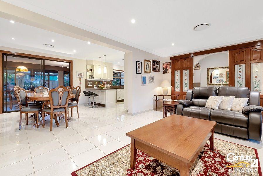 9 Stalwart Street, Prairiewood NSW 2176, Image 1