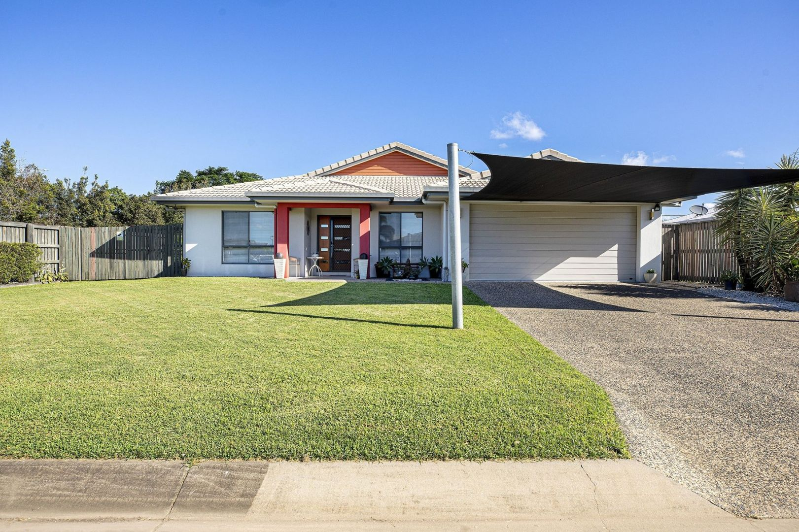 16 Woden Crescent, Ooralea QLD 4740, Image 0