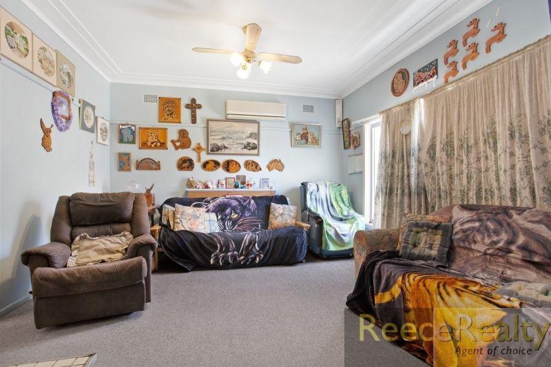 14 Waller Street, Shortland NSW 2307, Image 2