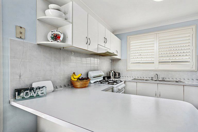 7/5 Madden Street, Oak Flats NSW 2529, Image 2
