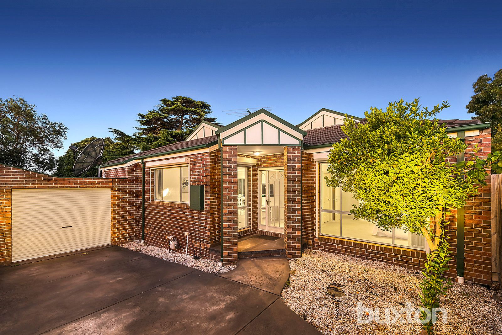 2/32 Nonna Street, Oakleigh East VIC 3166, Image 0