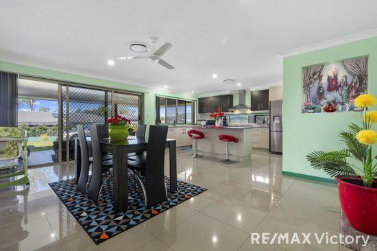 27 Cochran Street, Woodford QLD 4514, Image 2