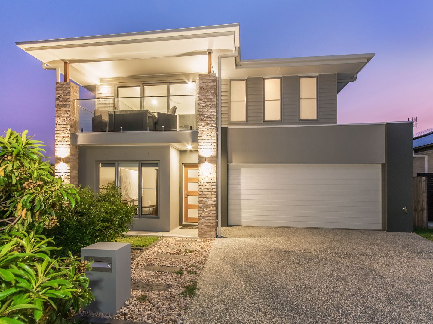 2 Oxenford Place, Oxenford QLD 4210, Image 0