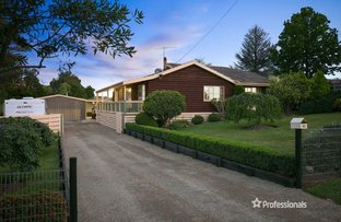 Picture of 32 Russell Road, Seville VIC 3139
