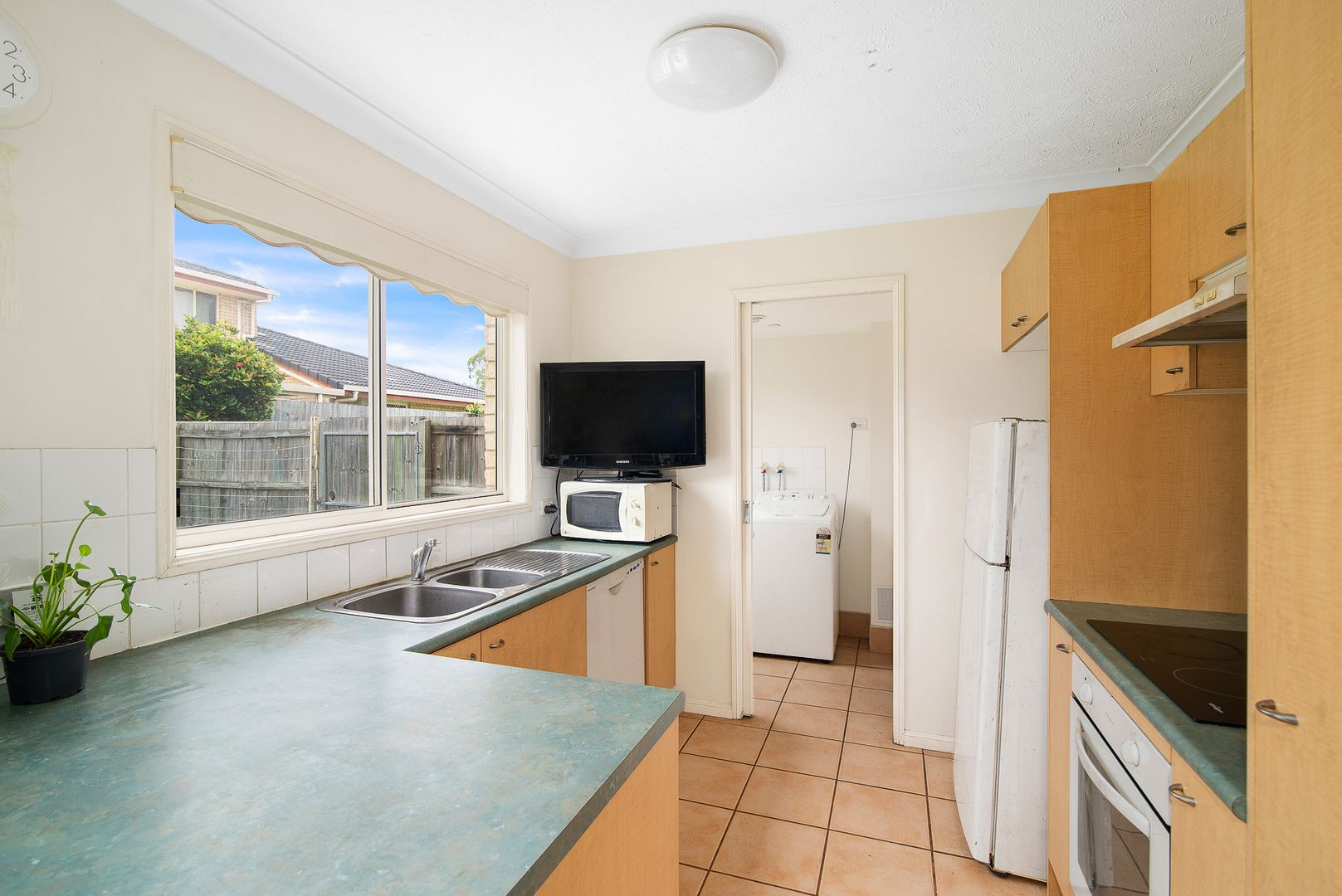 819/2 Nicol Way, Brendale QLD 4500, Image 2