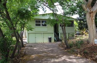 Picture of 52 Oatland Crescent, Holland Park West QLD 4121
