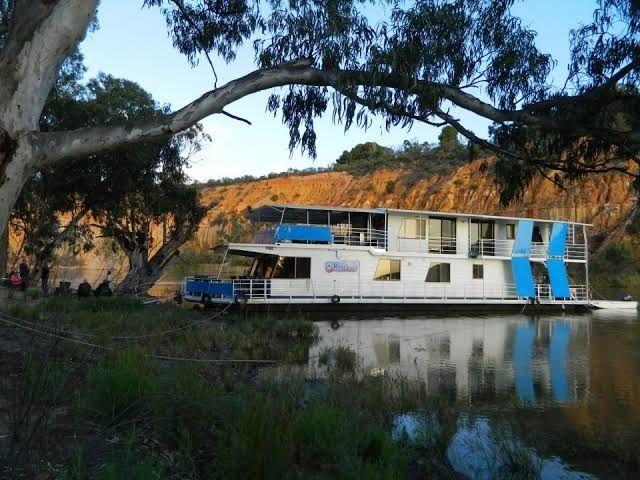 "Houseboat ""River Lady"", Renmark SA 5341, Image 1"