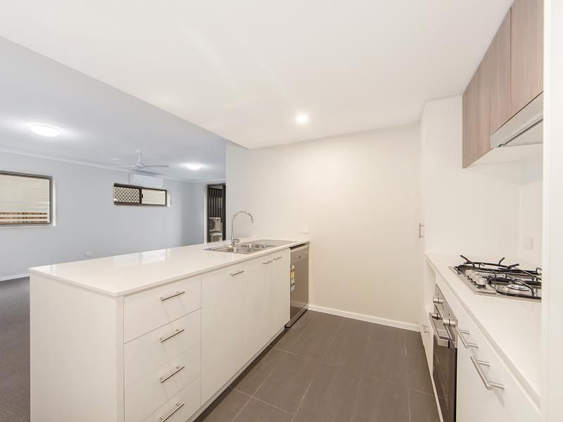101/15 Bland Street, Coopers Plains QLD 4108, Image 2