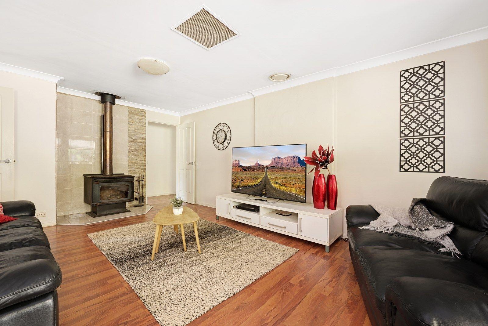 11 Ninderry Drive, Highfields QLD 4352, Image 2
