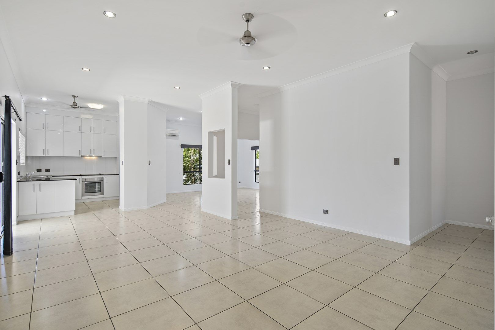 11 Armada Crescent, Jubilee Pocket QLD 4802, Image 0