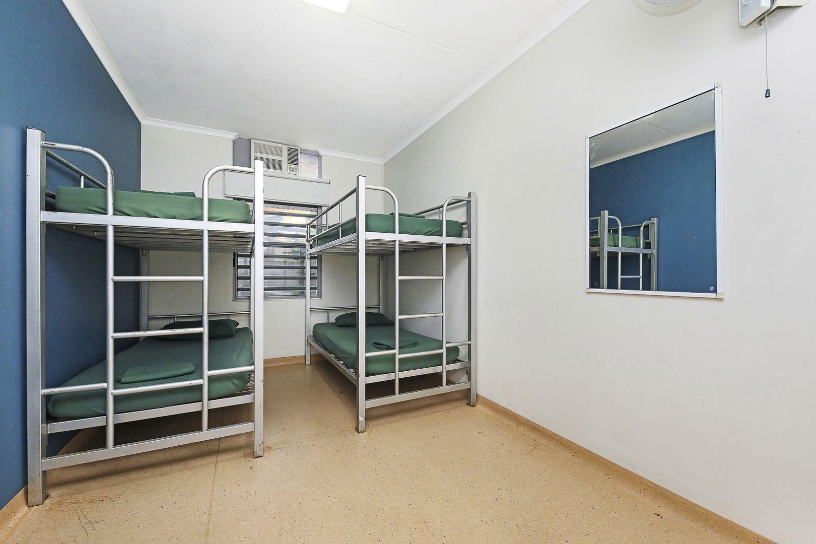 33/52 Mitchell Street, Darwin City NT 0800, Image 2
