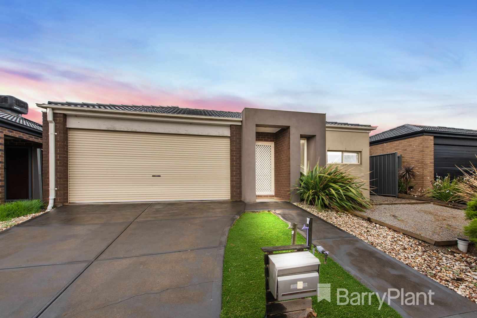 6 Ellenborough Crescent, Manor Lakes VIC 3024, Image 1