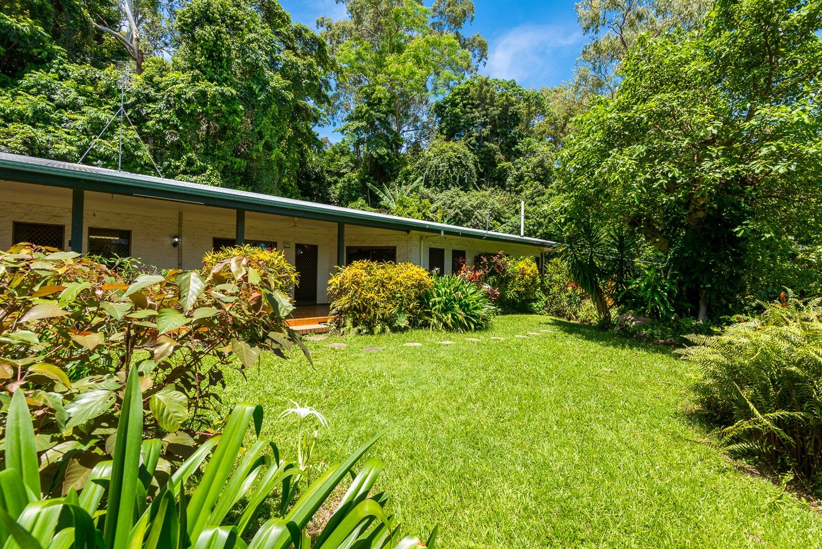 2 Trinidad Close, Trinity Beach QLD 4879, Image 0