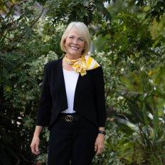 Debbie Lodwick, Principal | Licensed Agent | Auctioneer