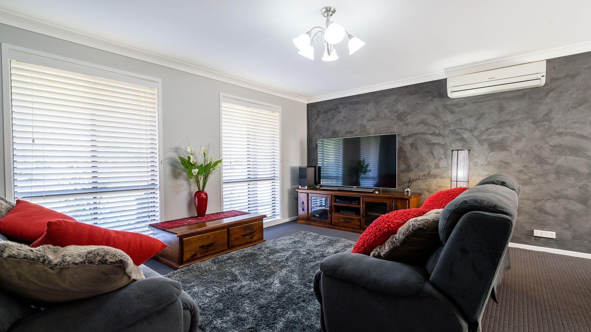 16 Keane Avenue, Dubbo NSW 2830, Image 2