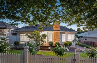 Picture of 14 Sandgate Road, Blackburn South VIC 3130
