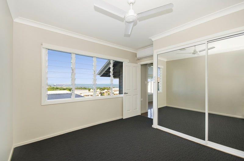 1/6 Eyre Street, North Ward QLD 4810, Image 2