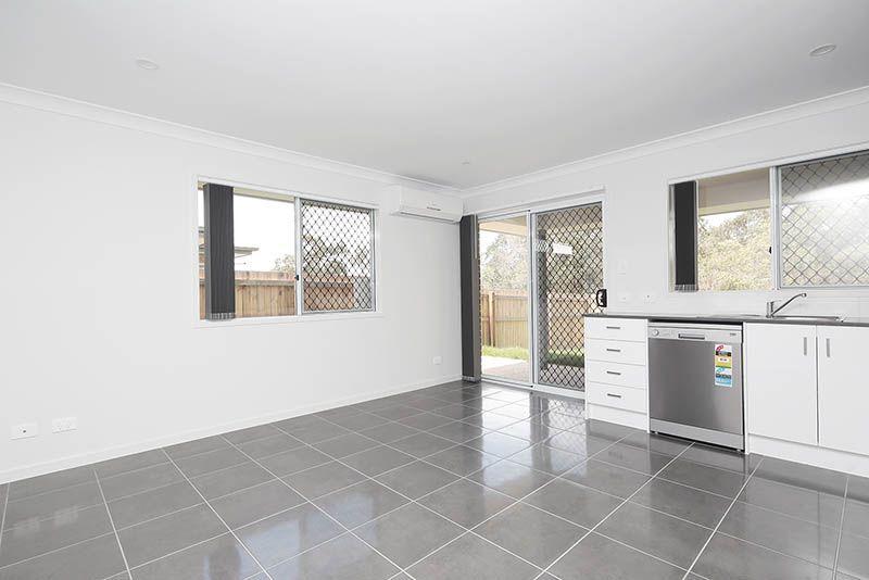 2/37 Joyce Street, Karalee QLD 4306, Image 2