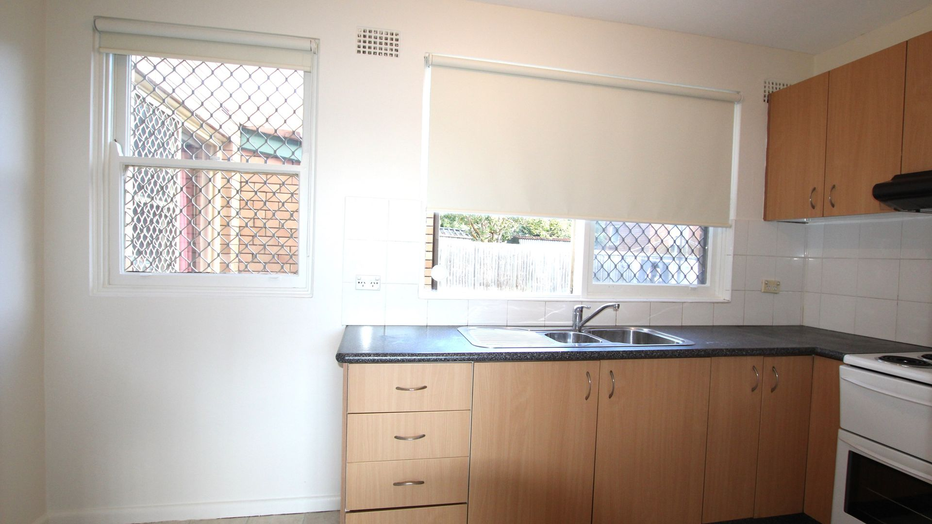 2/29 Fore Street, Canterbury NSW 2193, Image 1