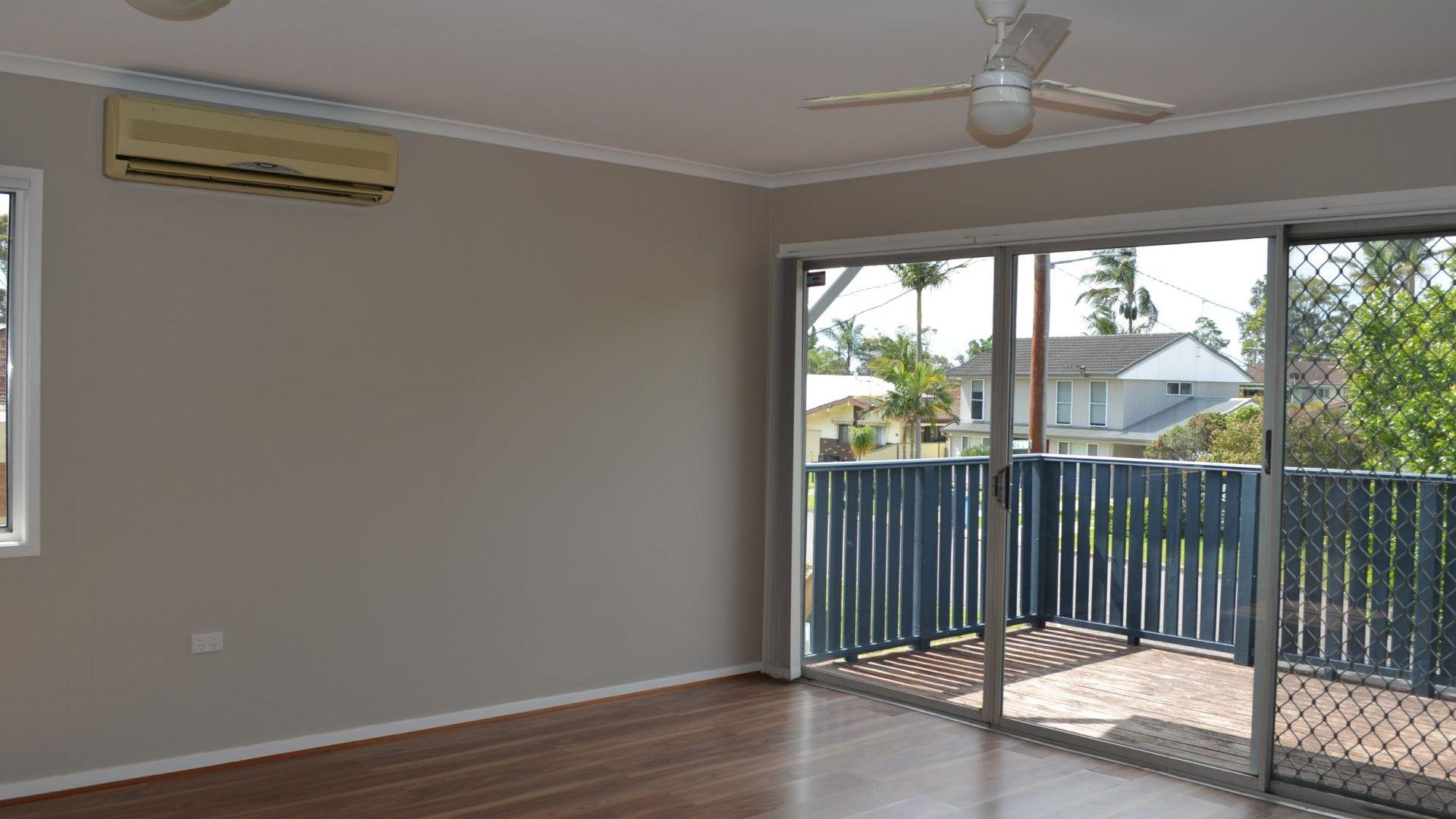 18 Yimbala Street, Killarney Vale NSW 2261, Image 1
