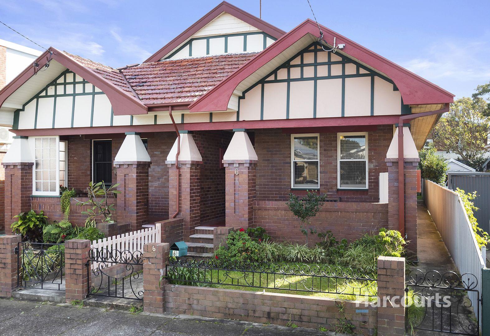 6 Everton Street, Hamilton East NSW 2303