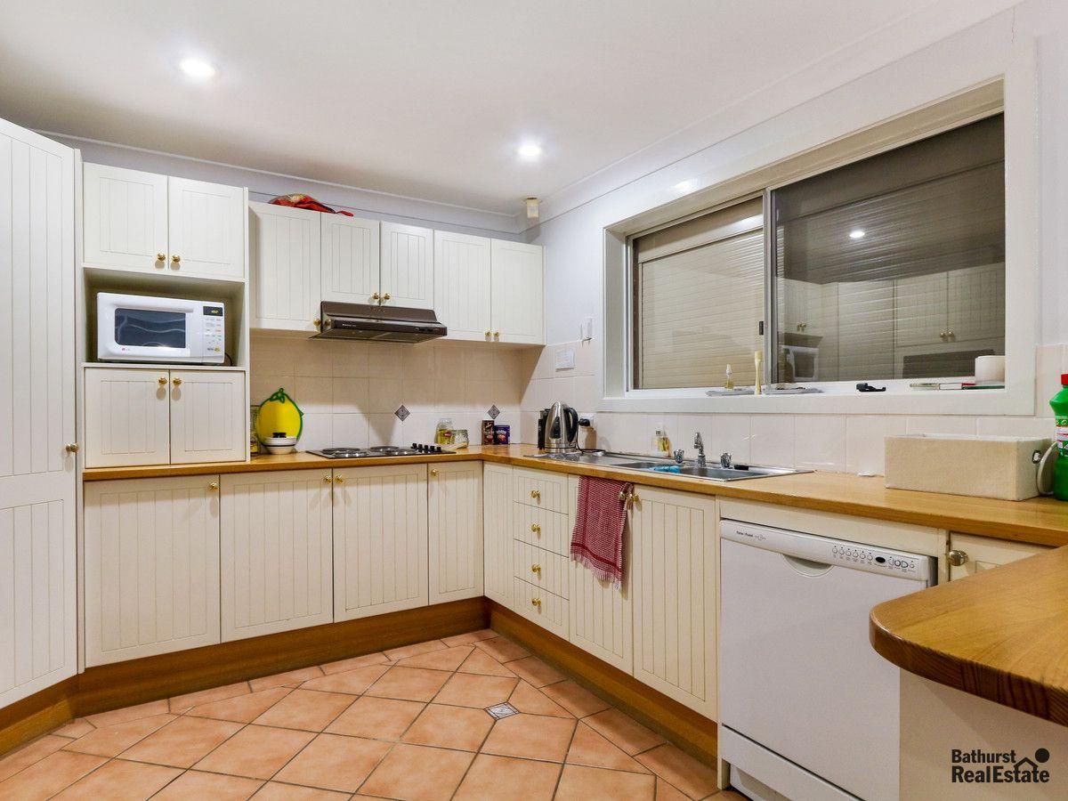 248 Russell Street, Bathurst NSW 2795, Image 2